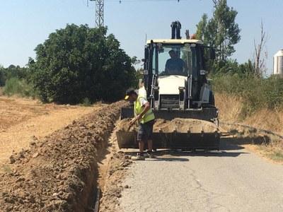 Benavent de Segrià efectua millores en la canonada de la xarxa d'aigua potable del camí del Reguer